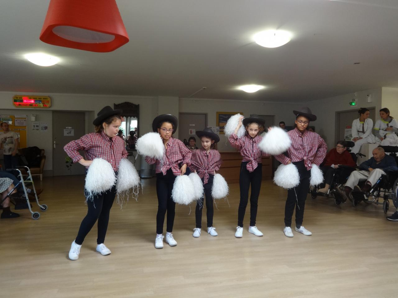 pompom girls 2